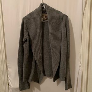 Abercrombie and Fitch 50% Alpaca sweater. Size L.